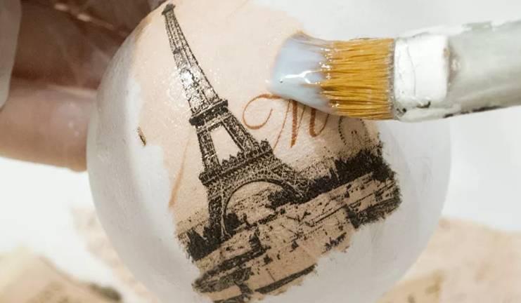 Декупаж пенопластового шара салфетками