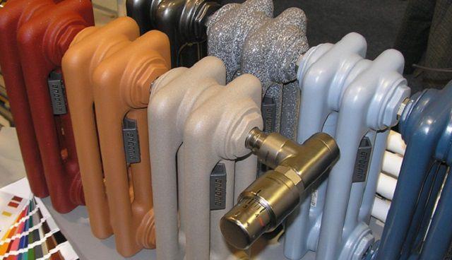 При желании, можно поверхности радиаторов придать глянцевую или матовую окраску.