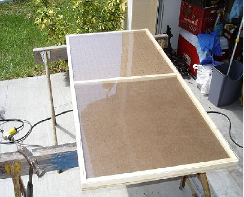 Заготовьте крышку из стекла